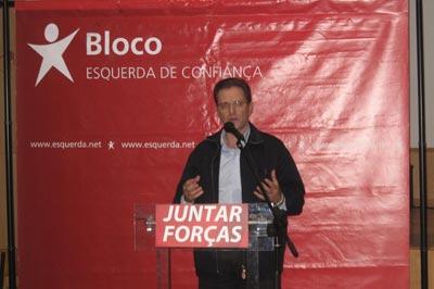 Pedro Soares, intervindo no comício em Ronfe - Guimarães