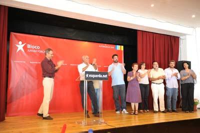 Francisco Louçã e os candidatos do Bloco à autarquia do Seixal. Foto Paulete Matos