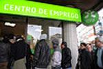Em Barcelos, o Centro de Emprego coloca trabalhadores em empresas fantasma e as empresas reais cobram aos desempregados por um carimbo na declaração para o Centro de Emprego. Foto Paulete Matos
